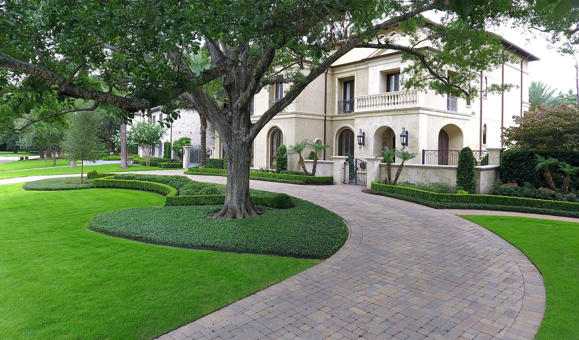 Longmont Gardens   Tanglewood, Houston